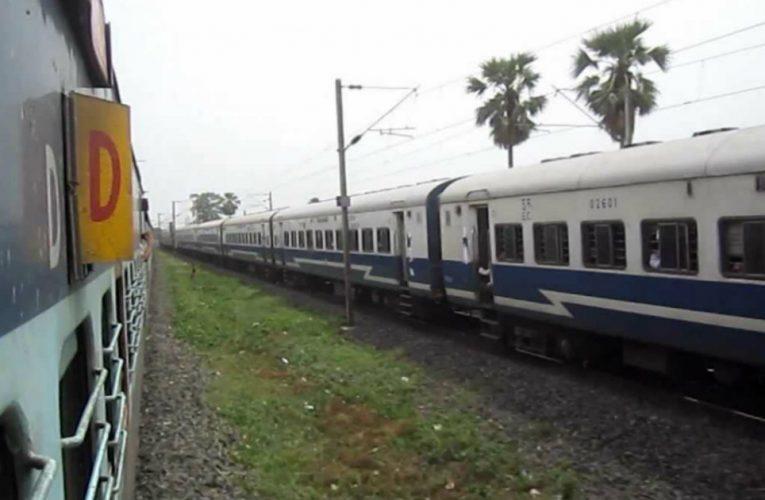 पवित्र छठ पूजा के लिए चलाई जाएंगी फेस्टिवल स्पेशल ट्रेनें..