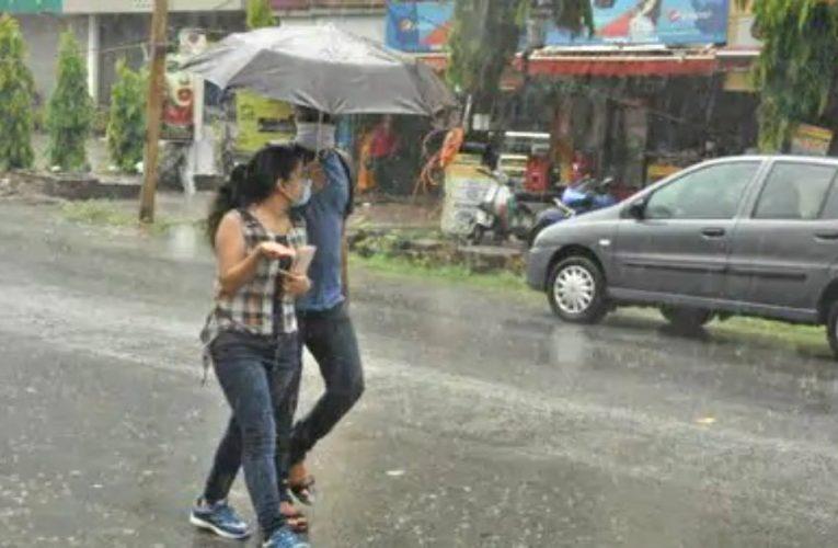 अगले एक हफ्ते तक झारखंड के विभिन्न हिस्सों में होगी लगातार बारिश, वज्रपात की भी चेतावनी..