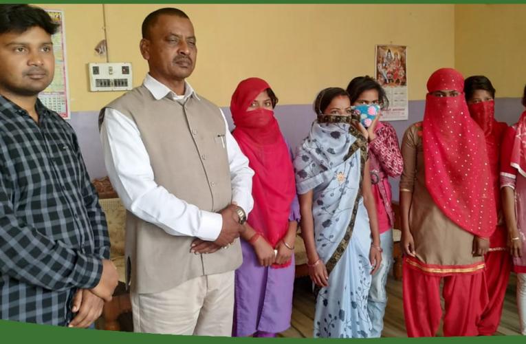 बोकारो – रामगढ़ की बीस बंधक लड़कियों को पुलिस ने कराया मुक्त..