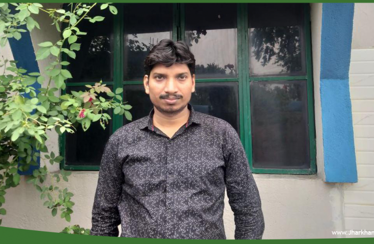 'Journalism is not a bed of roses' says Jharkhand reporter Rupesh Kumar Singh.